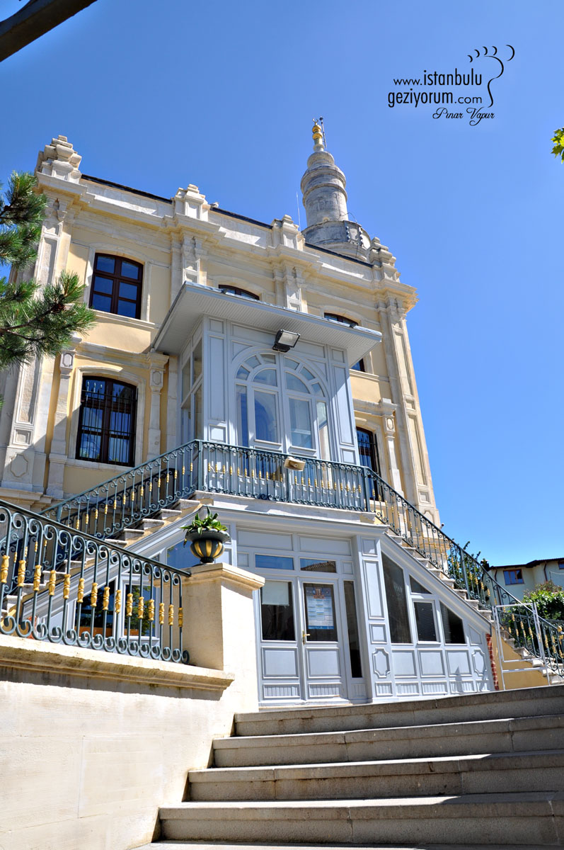 Hamidiye Camii (Dokuz Adanın Tek Tarihi Camisi)