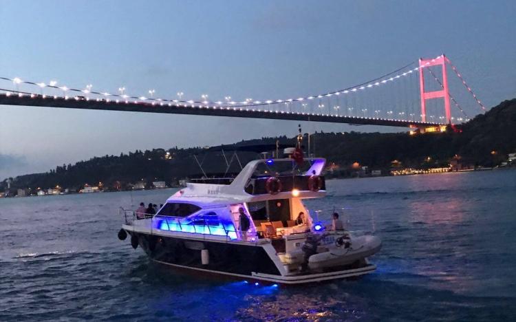 İstanbul Boğazı'nda Yat Kiralama